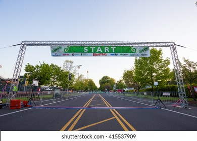 EUGENE, OR - MAY 1, 2016: Pre-race starting line at the 2016 Eugene Marathon, a Boston qualifying event.
