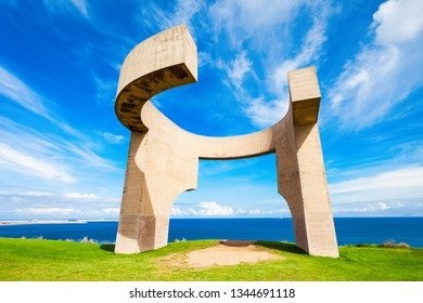 The Eulogy to the Horizon or Elogio del Horizonte monument is a one of the most known symbols of Gijon in Asturias, Spain