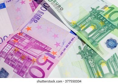 Euro banknotes. 500 euro banknotes and 100 euro banknotes.
