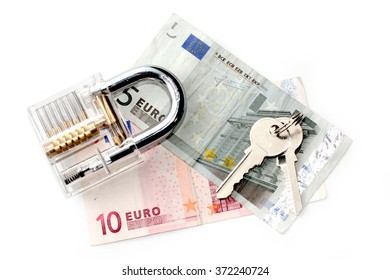 the euro and the padlock in with keys