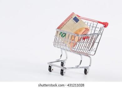 euro in the shopping cart