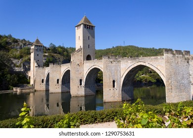 Europe, France, Midi Pyrenees, Lot, Cahors, Lot River, the historic Pont Valentre fortified bridge