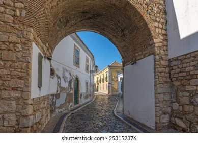 Europe, Portugal, Algarve, city of FARO - Traditional street view from faro downtown old village