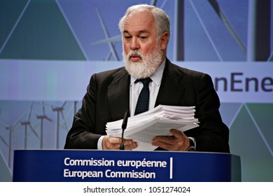 European Commissioner for Climate Action and Energy Miguel Arias Canete give a press briefing at the end of the read-out of College meeting about the Clean Energy package in Brussels on Nov. 30 2016.
