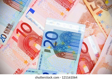 Euros of a banknote.