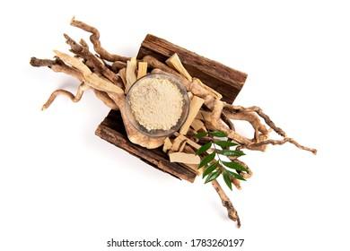 Eurycoma longifolia Jack ,powder ,roots and green leaf on a white background.