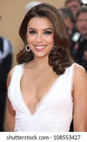 Eva Longoria arriving for the De Rouille Et D'os (Rust and Bone) premiere during the 65th annual Cannes Film Festival Cannes, France. 17/05/2012 Picture by: Henry Harris / Featureflash