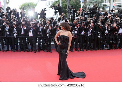 eva longoria attends the screening of 'Money Monster' at the annual 69th Cannes Film Festival at Palais des Festivals on May 12, 2016 in Cannes, France.