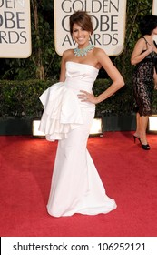 Eva Mendes at the 66th Annual Golden Globe Awards. Beverly Hilton Hotel, Beverly Hills, CA. 01-11-09