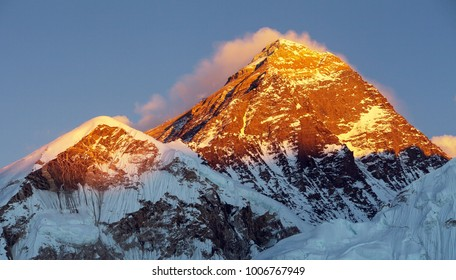 Evening colored view of Mount Everest from Kala Patthar, Khumbu valley, Solukhumbu, Sagarmatha national park, Nepal Himalayas