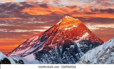 Evening colored view of Mount Everest from Gokyo Ri, Khumbu valley, Solukhumbu, Sagarmatha national park, Nepal