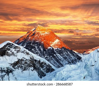 Evening colored view of Mount Everest from Kala Patthar, Khumbu valley, Solukhumbu, Sagarmatha national park, Nepal