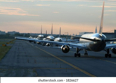 evening traffic at New York JFK airport