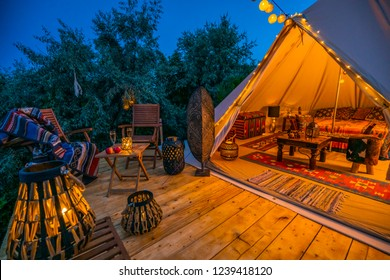 evening view with indian glamping tent 2