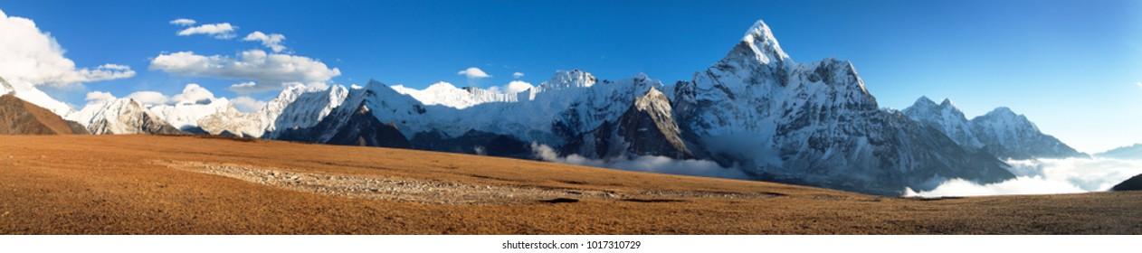 Evening view of mount Ama Dablam on the way to Mount Everest Base Camp, Khumbu valley, Solukhumbu, Sagarmatha national park - Nepal himalayas mountains