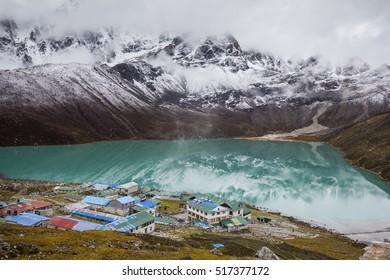 Everest Base Camp trekking through Gokyo and a blue lake