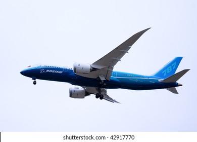 EVERETT, WA - DECEMBER 15: Boeing 787 Dreamliner takes off for the first flight December 15, 2009 in Everett, WA