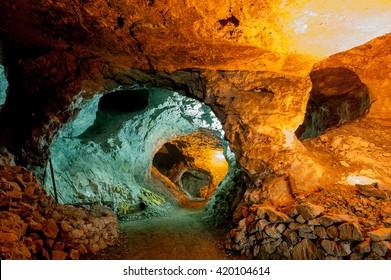excavations in metal mines