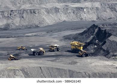 excavator, digging for brown coal, Russia, Kuzbass, extractive industry