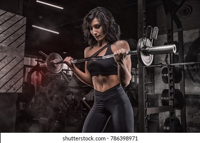 Exercises for the development of the muscles of the hands, hardcore gym, training biceps, according to the program of trainings, personal trainer.