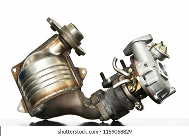Exhaust system parts of automobile engine