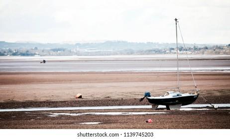 Exmouth estuary beach