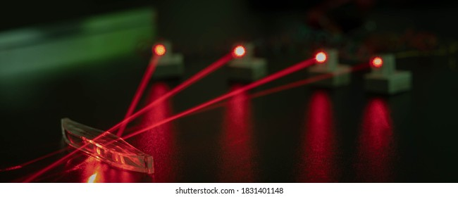Experiment in the laboratory of Photonics with red lasers