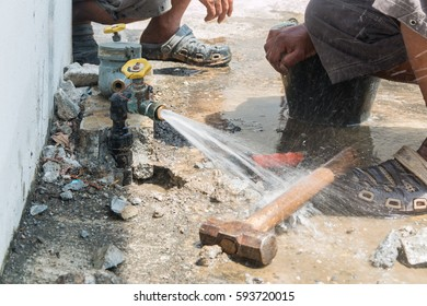 Experts valve repair water pipes, repairing outdoor.