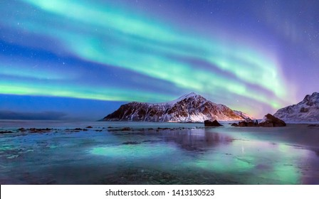 The explosion of aurora on Lofoten
