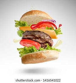 Explosive burger, creativity in the kitchen