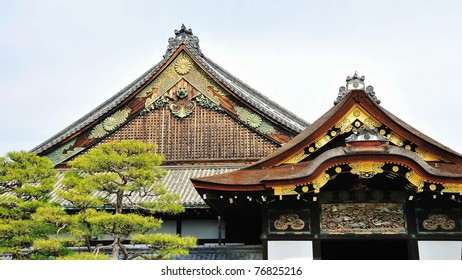 Exquisite design and carvings of Nijo Castle wooden roof