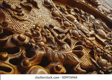 Exquisite wood carving technology
