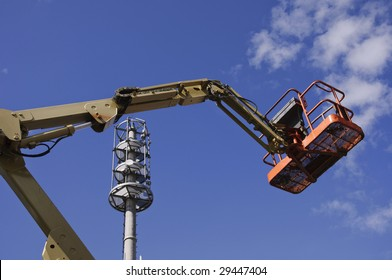 extended cherry picker lifter at work