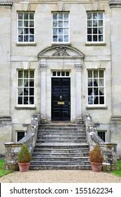 Exterior and Garden of a Beautiful Georgian Era English House
