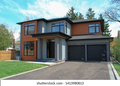 Exterior Housing For Real Estate