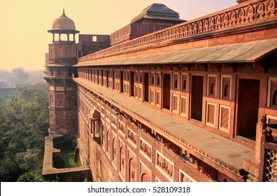 Exterior of Jahangiri Mahal in Agra Fort, Uttar Pradesh, India. The fort was built primarily as a military structure, but was later upgraded to a palace.
