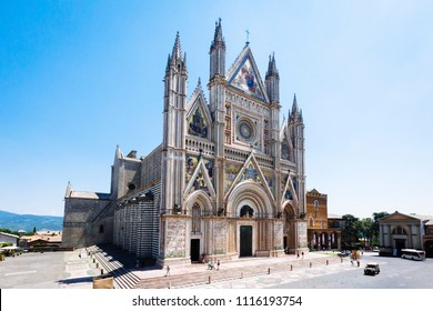 Exterior view of Duomo di Orvieto, a 14th-century Gothic cathedral in Orvieto, Italy