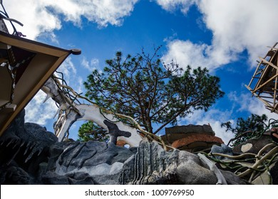 exterior view and incredible architecture of Crazy House - Hang Nga Guesthouse in Dalat (Da Lat) city, Vietnam 2018-01-11