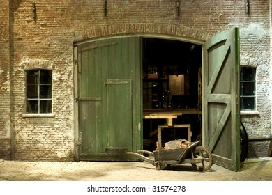 Exterior of a workshop from th 19th century