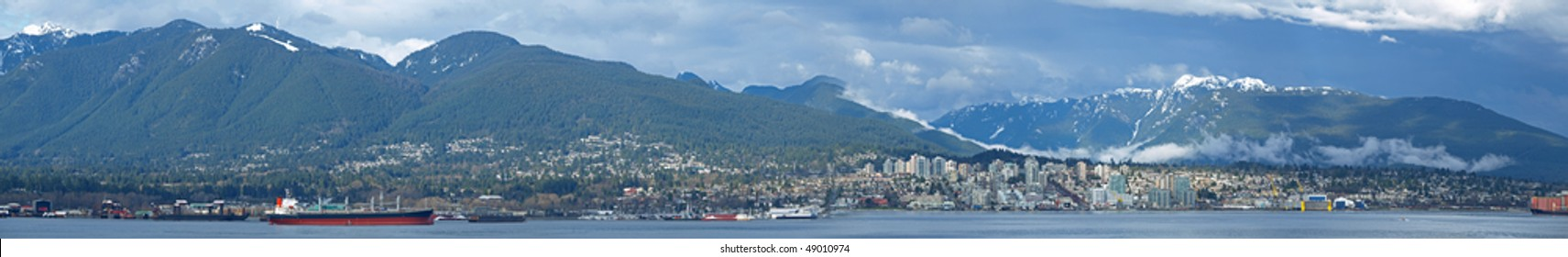 Extra High Resolution Panorama Image of North Vancouver in a Cloudy Day