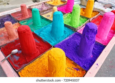 Extremely colored powders on sale in Pushkar, India