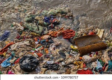 Extremely dirty ocean water in Mumbai, India.