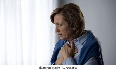 Extremely worried aging female suffering chest pain, emotional experience