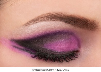 Eye and eye brow make up
