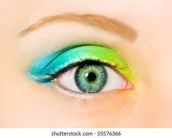 eye with make-up