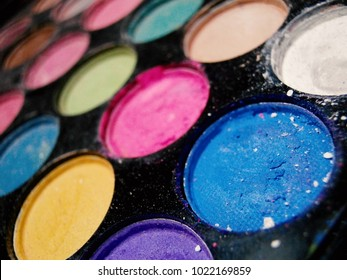 Eye shadow palette.