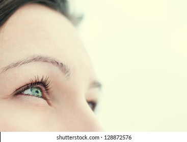 the eyes of a young woman