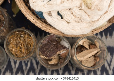 Fabric and bark, raw material, for weaving