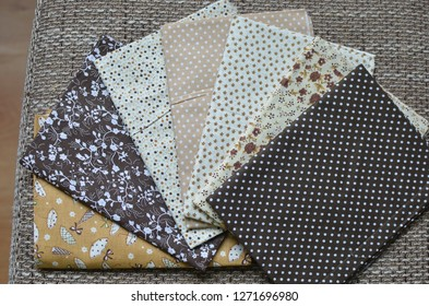 Fabric , fabrics and sewing production with seamstress. Textile industry, sewing, sewing machine, fabric store Textures, Patterns, Threads, Wool, Cato, sewing wear. handkerchief and handkerchiefs