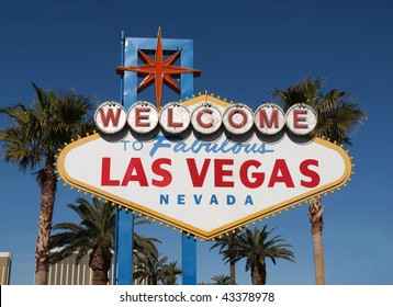 Fabulous Las Vegas Nevada welcome sign with palm trees
